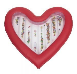 Luchtbed in vorm van hart met confetti van Hema voorjaar 2018