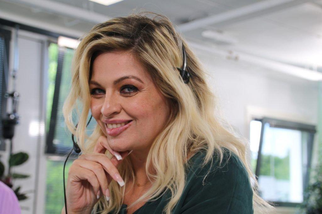 Bobbi Eden Celebrity Call Centre