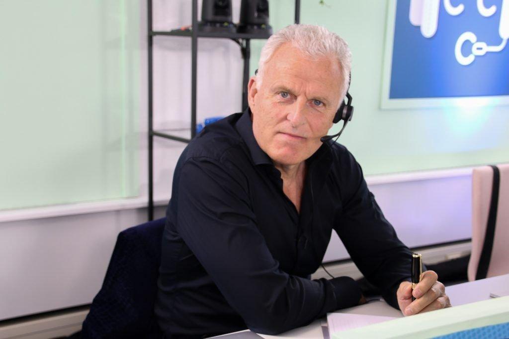 Peter R. De Vries Celebrity Call Centre