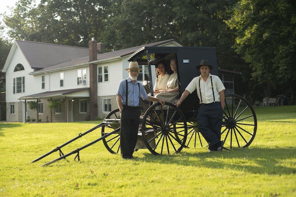 Amish verwelkomen stel Ver van Huis