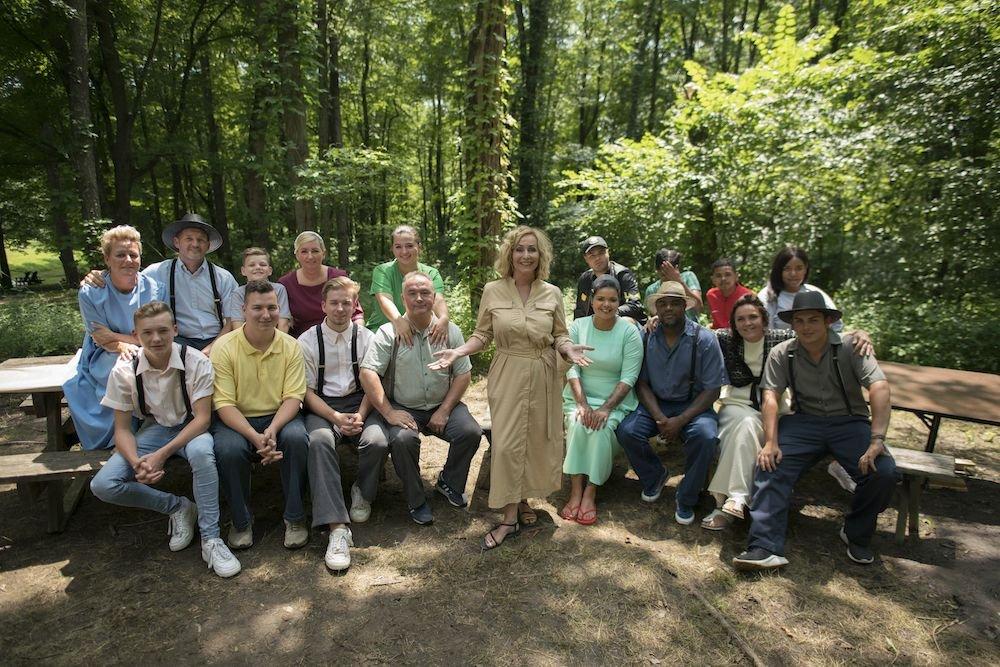 Alle deelnemers Ver Van Huis - Angela Groothuizen met naar Amish